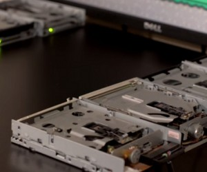 "Super Mario World ""The Athlete's Rag"" Theme Played on Eight Floppy Drives"