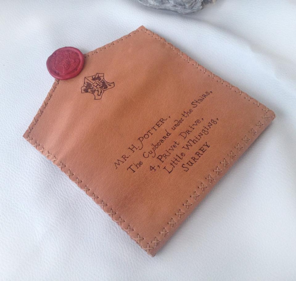 Harry potter envelope wallet hogwarts acceptance leather for Harry potter letter purse