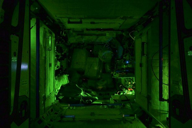international-space-station-by-astronaut-alex-gerst-7
