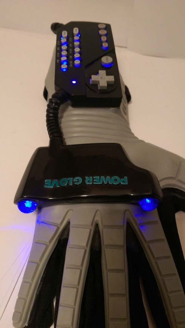 nintendo-power-glove-with-led-by-glove-power-3