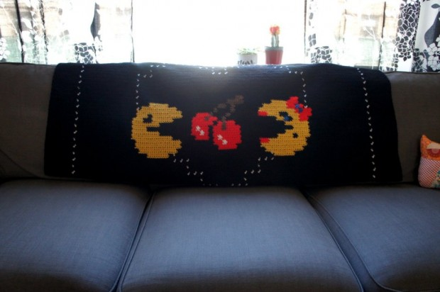 pac-man throw1