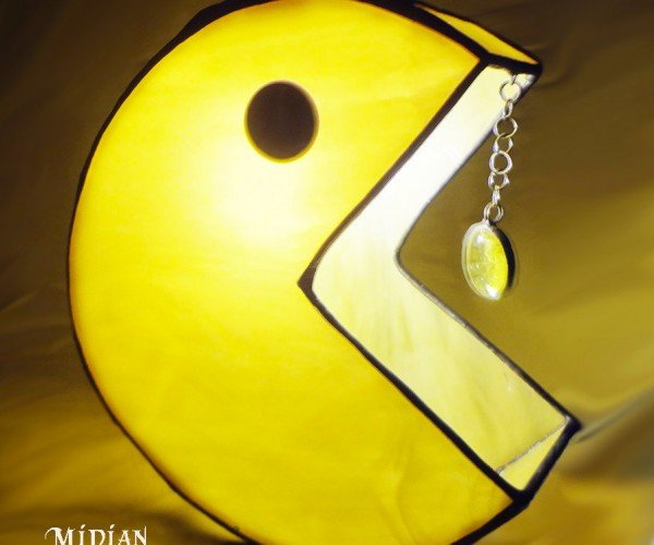 Pac-Man & Ghost Pendant Lamps: Wakka Wakka Lighta