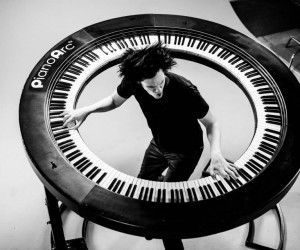 PianoArc Round Keyboard: Music is a Flat Circle