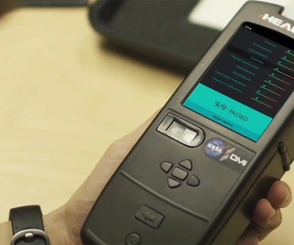 rHEALTH Diagnostic Device Identifies Diseases from a Drop of Blood: Handheld House