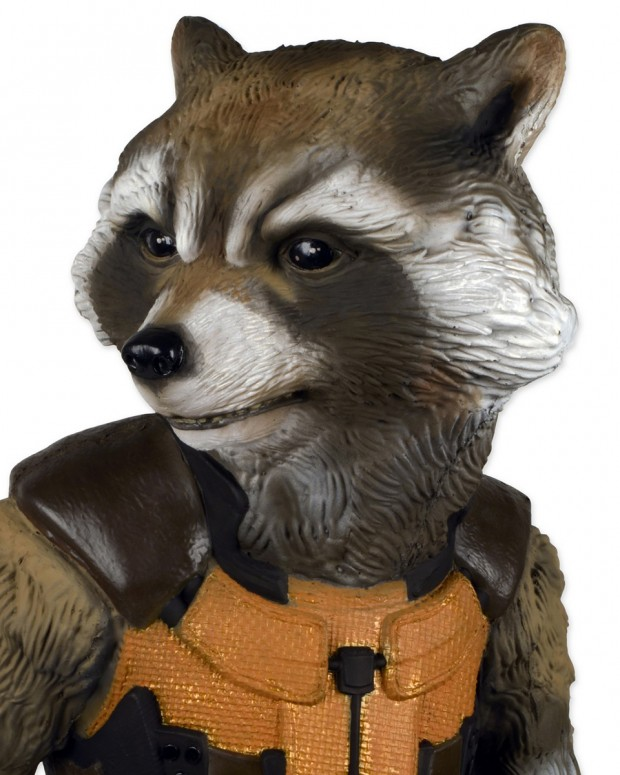 rocket-raccoon-guardians-of-the-galaxy-full-size-figure-by-neca-4