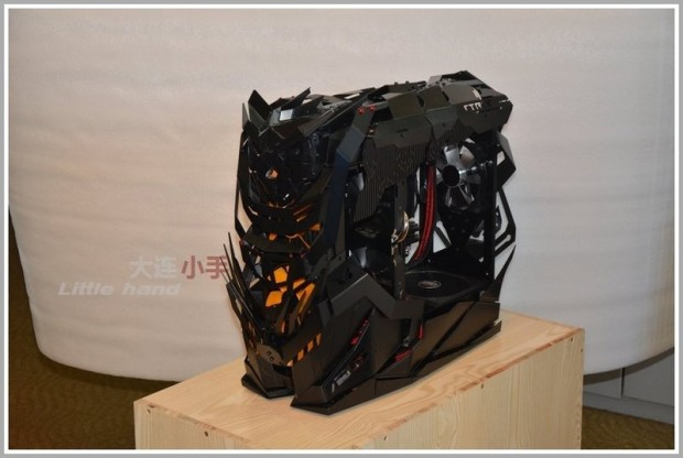 strix-knight-pc-chassis-by-han-yu-4