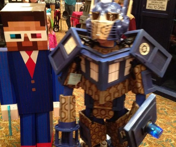 Tenth Minecraft Doctor and TARDIS Prime Cosplay: Mashup Madness