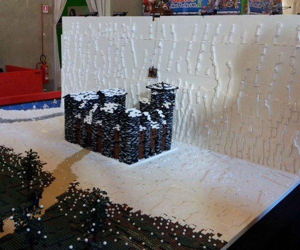 LEGO Game of Thrones Wall: And Now My Minifig's Watch Begins