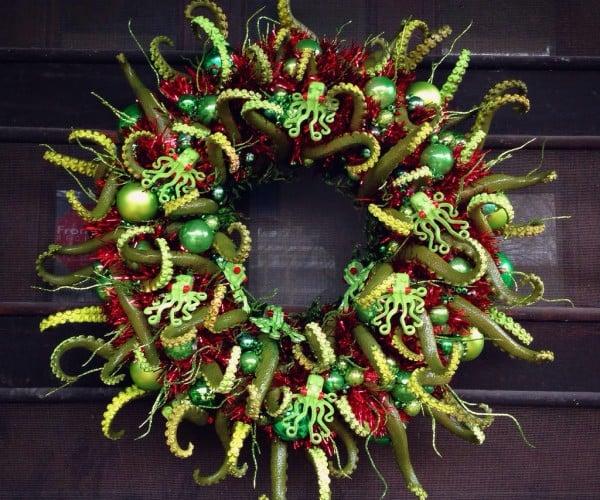 Cthulhumas Wreath: R'lyeh Christmas