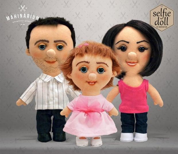 Selfie Dolls3