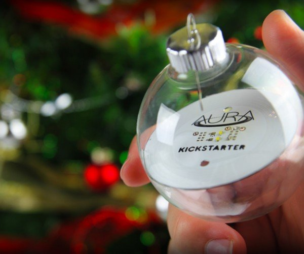 Aura Wireless Christmas Lights: Oh Christmas Tree! Thy Lights Are so Untangled