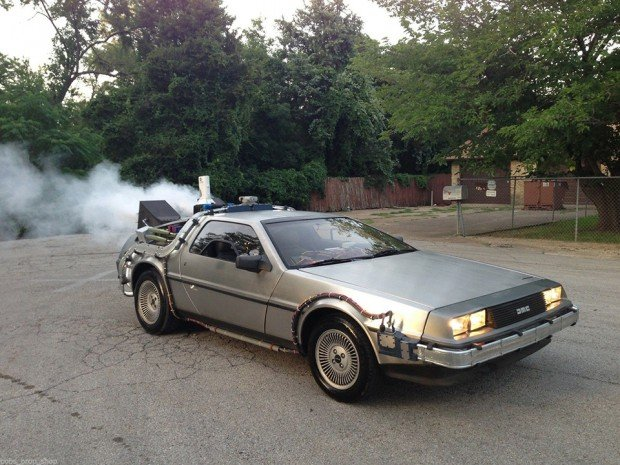 back-to-the-future-delorean-dmc-12-time-machine-conversion-by-bobs-prop-shop-3