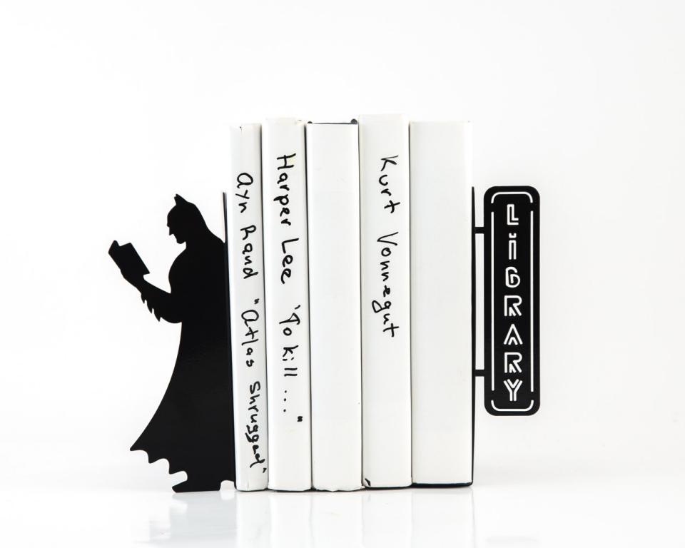 Batman bookends library of comics technabob - Portal bookend ...