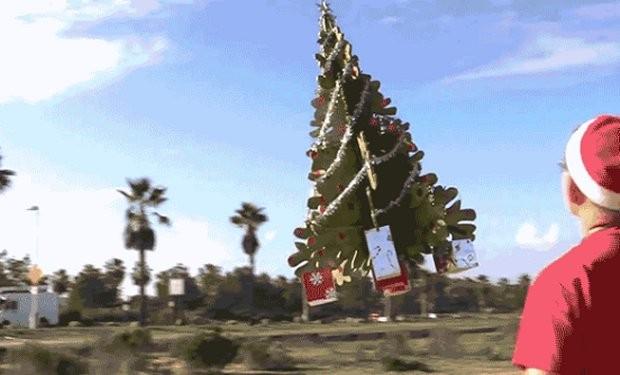 christmas tree flying