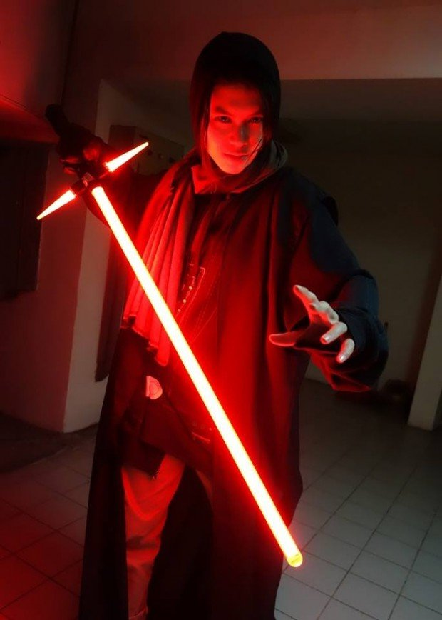 crossguard lightsaber2