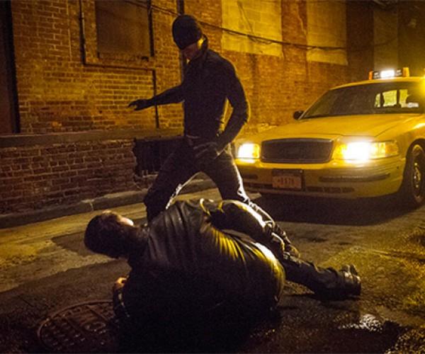 Netflix Daredevil Stills Show Bare-Bones Costume