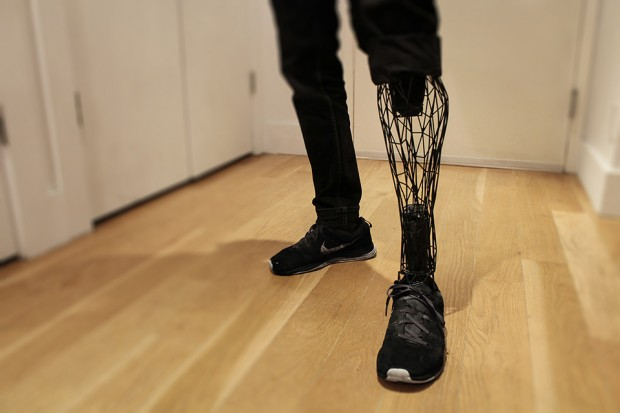 exo_3d_printed_prosthetic_leg_by_william_root_1