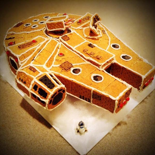 gingerbread_millennium_falcon_1