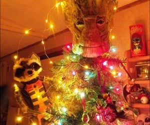 Groot Tree Topper: Guardians of the Christmas Tree