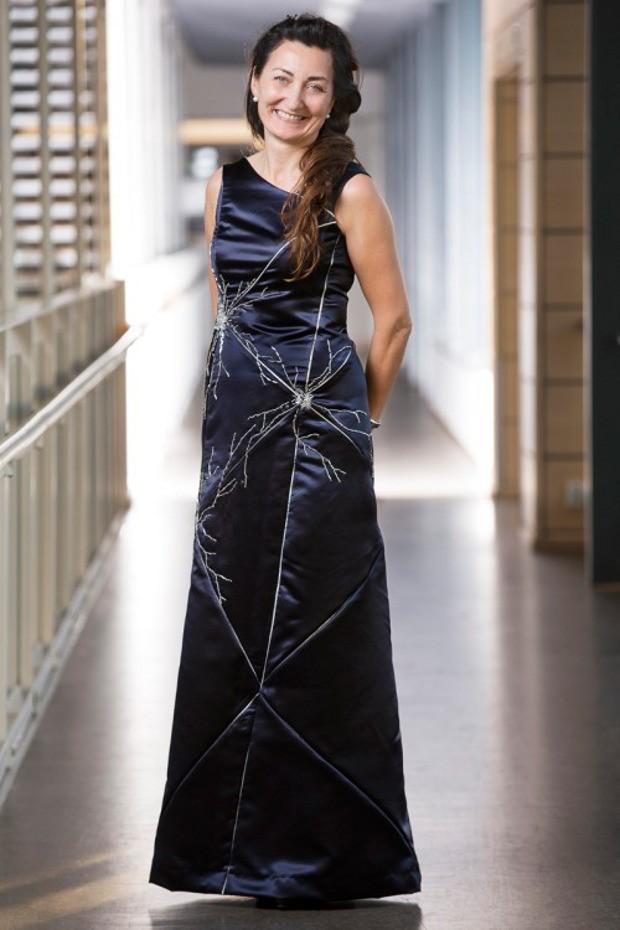 moser_neuron_dress_2