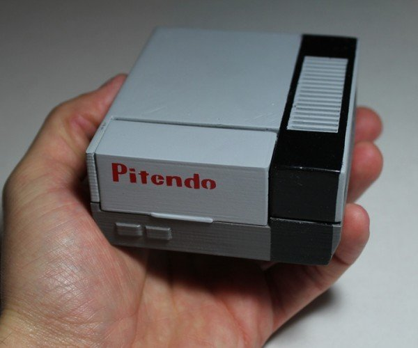 Pitendo Is a Pint-sized Nintendo Emulator