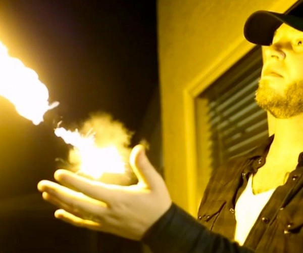 Pyro Fireshooter Lets You Shoot Fireballs out of Your Hands