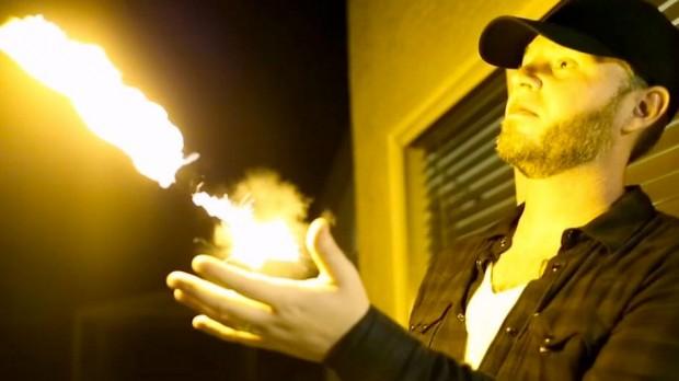 pyro_fireshooter_2