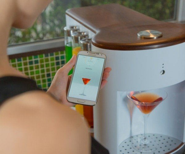 Somabar Is a Robotic Bartender for Your Home
