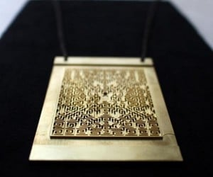 "This Replica of the Maze from ""The Shining"" Is A Sweet Necklace"