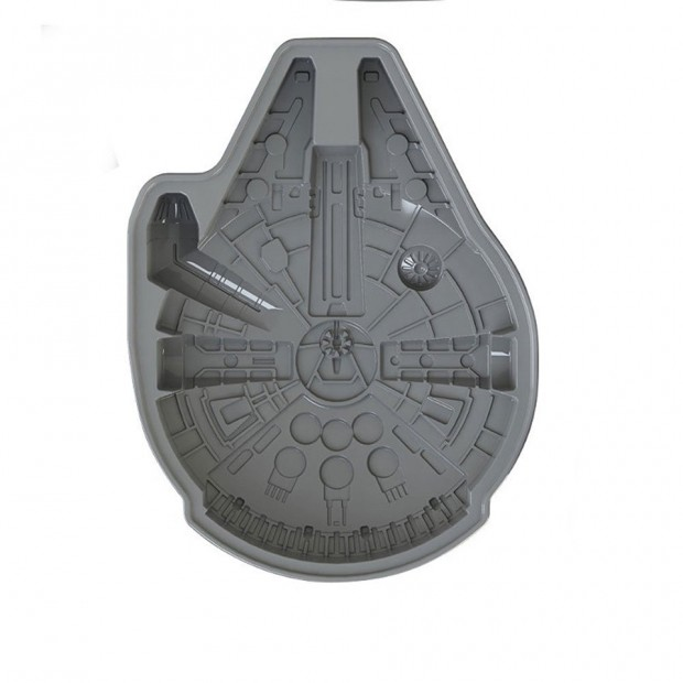 star-wars-millenium-falcon-cake-pan-2