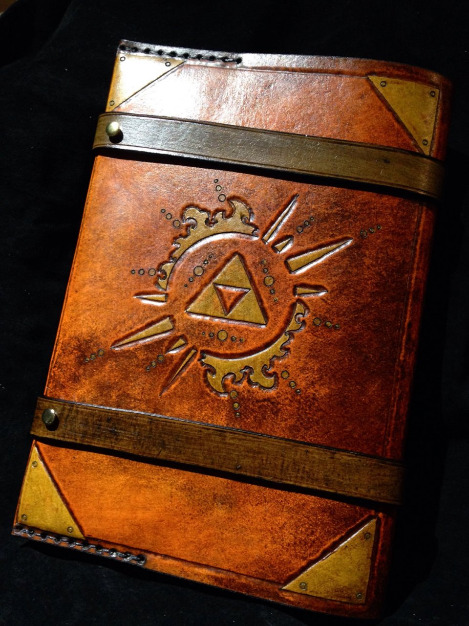 How To Make A Book Cover Look Old And Worn : Zelda triforce journal book cover hyrulean literature
