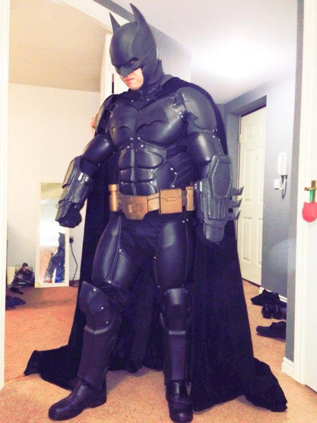 3d_printed_batman_arkham_origins_costume_by_stevie_dee_1