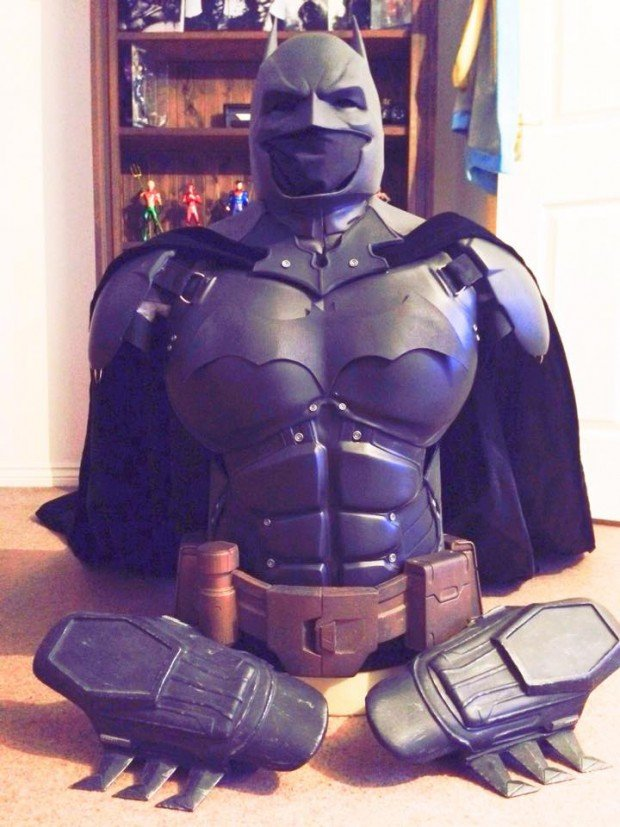 3d_printed_batman_arkham_origins_costume_by_stevie_dee_3
