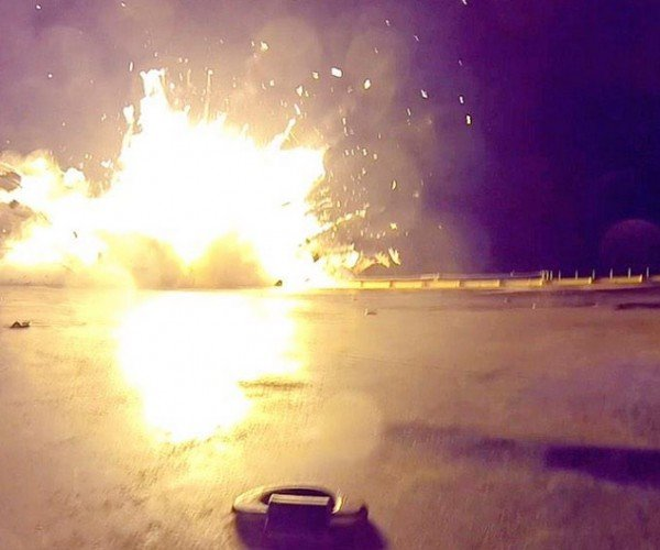 SpaceX Rocket Experiences Rapid Unscheduled Disassembly During Landing