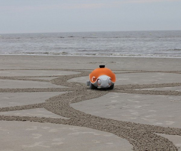 This Turtle Robot Creates Works of Art on the Beach