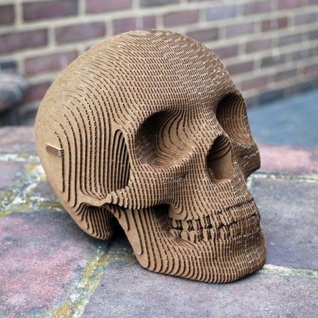 cardboard_skull_1