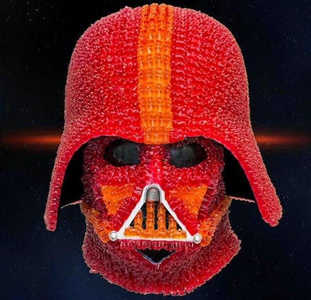 Origami Darth Vader | 598x620