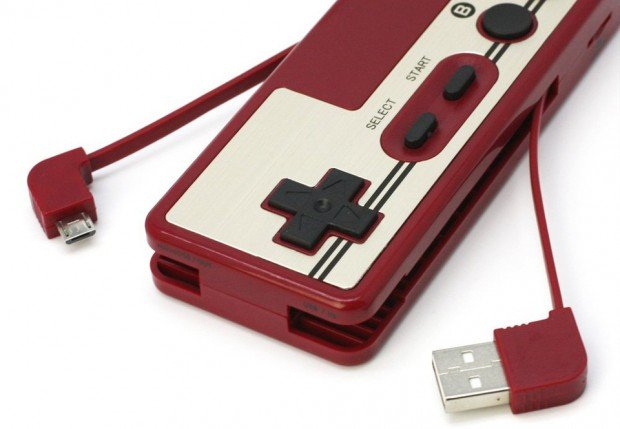datel_famicom_controller_battery_micro_sd_card_reader_3