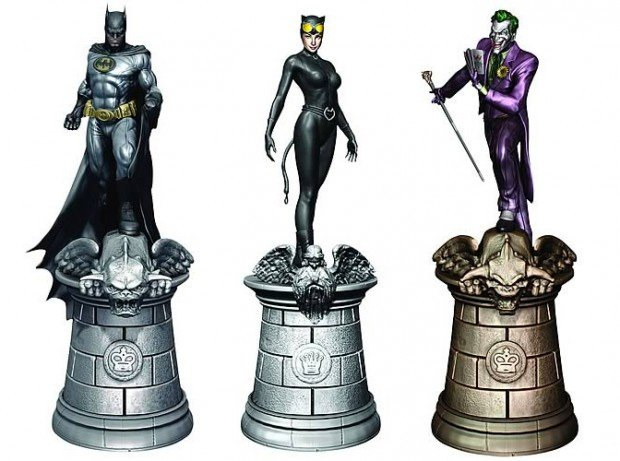 dc_comic_chess_pieces_1