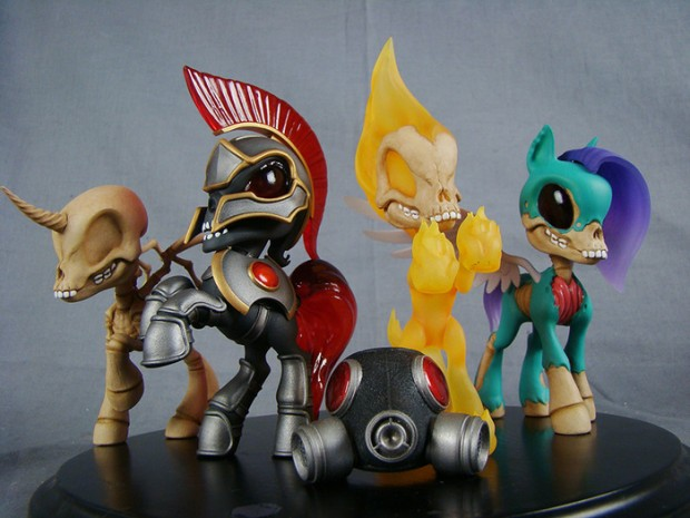 four_horsies_of_the_pocaylpse_collecitble_figures_big_shot_toy_works_1