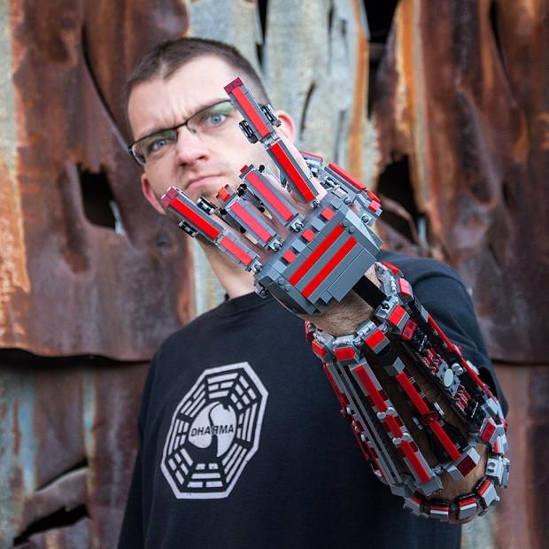 lego_arm_exoskeleton_milan_sekiz_1