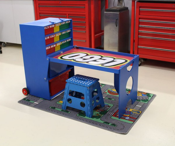 DIY LEGO Creation Station: Imagination on Wheels