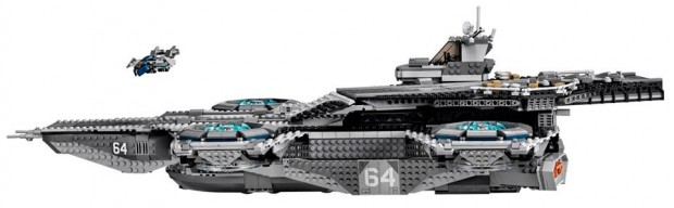 lego_ucs_shield_helicarrier_76042_4