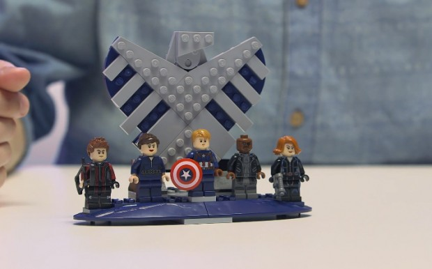 lego_ucs_shield_helicarrier_76042_8