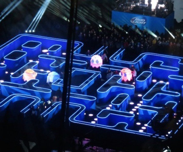 Life-size Pac-Man Maze Pops up in Los Angeles