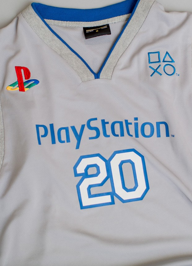 playstation_20th_anniversary_clothing_11