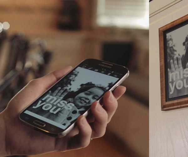 Vikaura Wireless E-ink Display: What's Black & White & Bluetooth All Over?