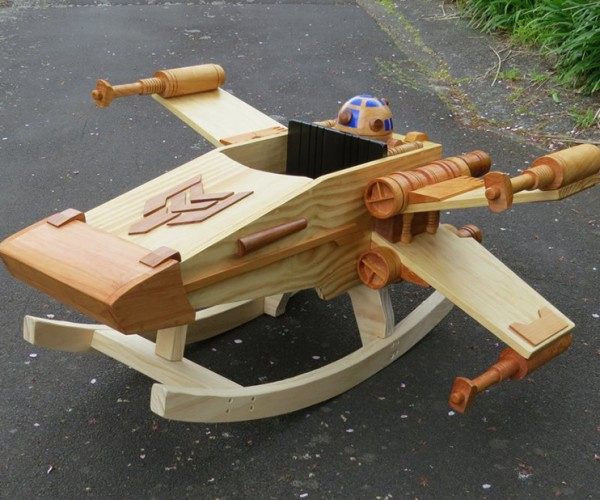X-Wing Rocking Horse: Lock S-Foils in Rock Position