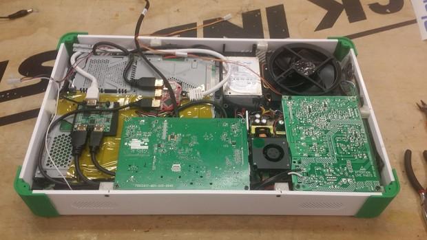 xbox_one_playstation_4_ps4_combo_laptop_case_mod_ed_zarick_4
