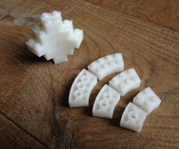 3D Printed Curved LEGO Blocks: Curvy Thing is Awesome